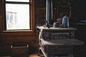 How To Cook With A  Wood Burning Stove